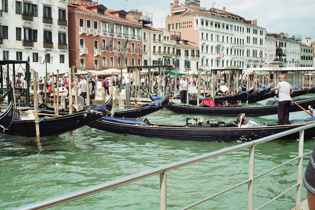 venezianische Gondeln